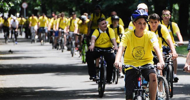Saraybosna'da 'Bisikletli' Guinness rekorunu kırdılar