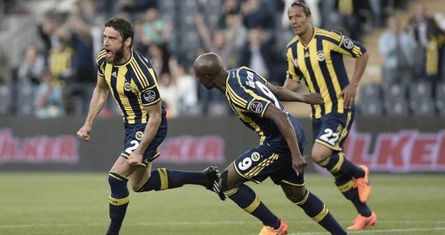 Egemen Korkmaz Fenerbahçe ile masaya oturuyor