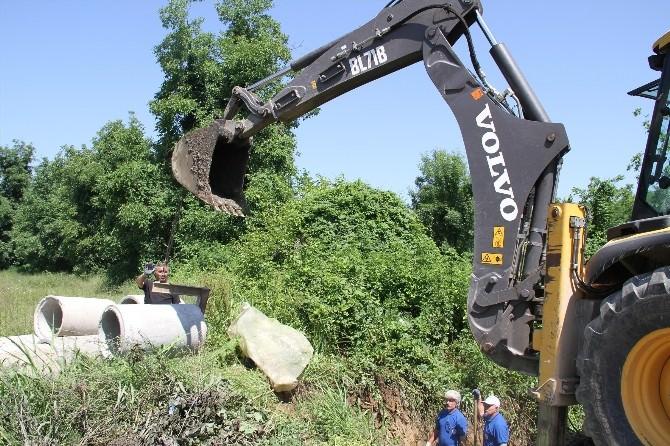 Akyazı Belediyesi Alt Yapı Çalışmaları Hızla Devam Ediyor