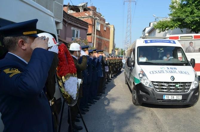 İzmit'te Boğulan Asker Bursa'da Toprağa Verildi