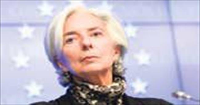 AB Yunanistan'la bağlarını koparıyor