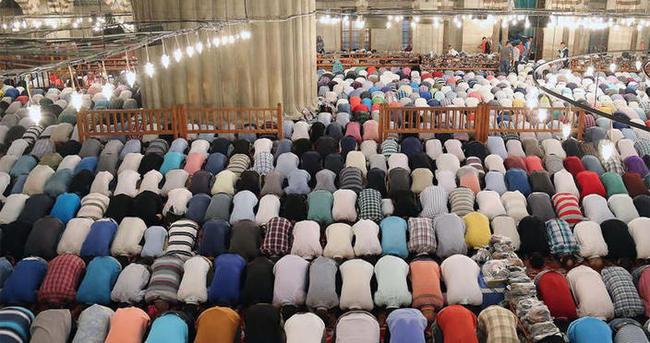 2015 Ramazan ayı ilk teravih namazı ne zaman?