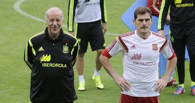Casillas, Real Madrid'de kalacak