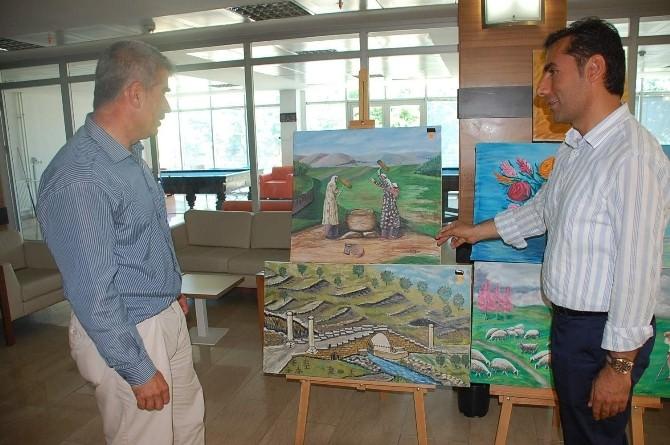 Demirci Ustalığından Ressam Olan Sefer İpek, İlk Sergisini Açtı