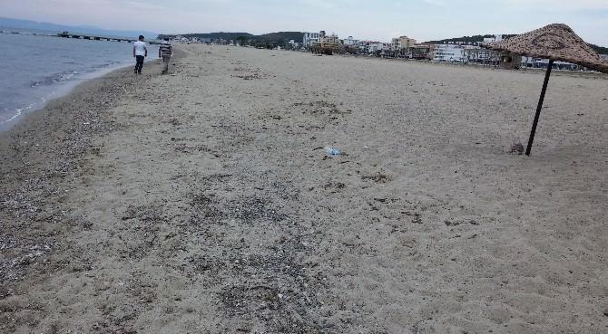 Plajlarda Büyükşehir Farkı Hissediliyor