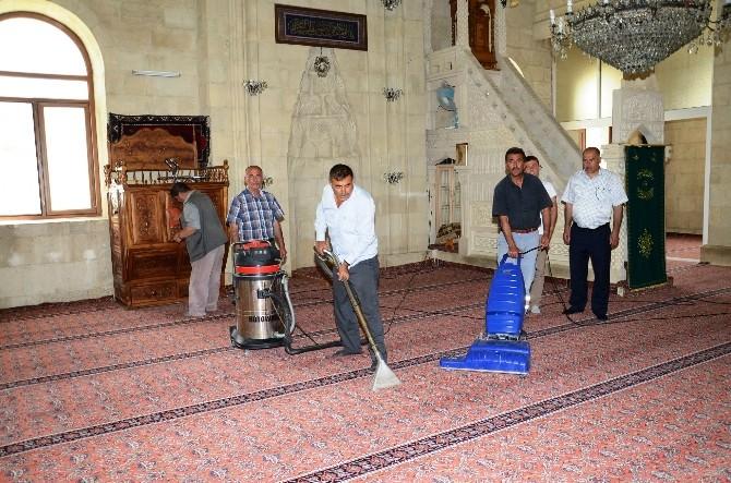 Darende'de Camilerde Ramazan Hazırlığı
