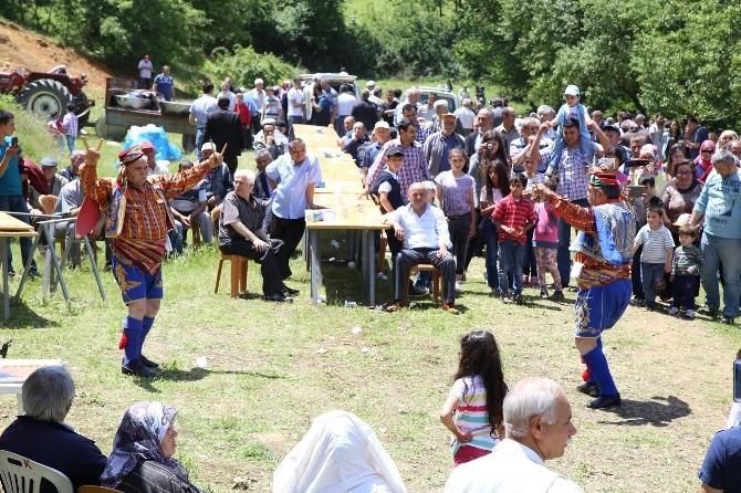 Söğüt'ün Gündüz Bey Köyünde Şenlik Düzenlendi