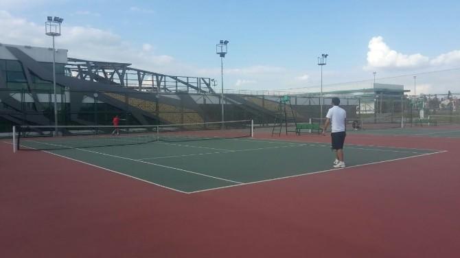 Ahd Spor Tesislerinde Tenis Turnuvası Heyecanı