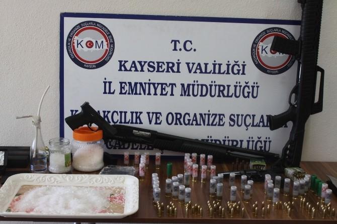 Kayseri Ve Gaziantep'te Uyuşturucu Operasyonu
