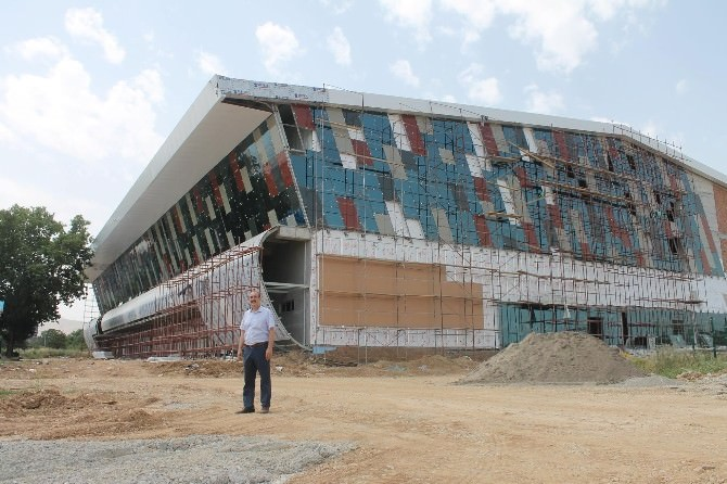Malatya'ya 5 Bin Kişilik Devasa Spor Salonu