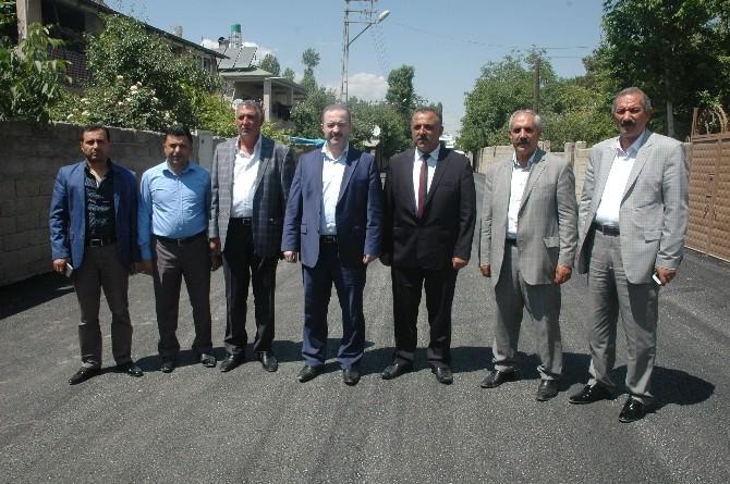 Tuşba Belediyesi'nin Asfalt Çalışmaları Devam Ediyor