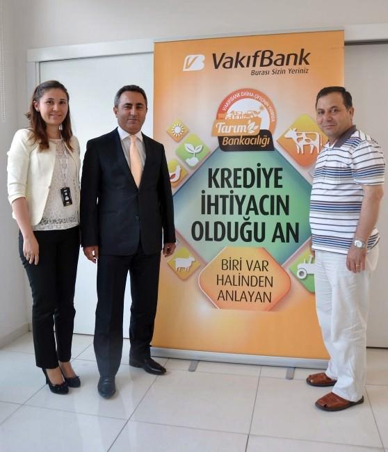Vakıfbank'tan Çiftçiye Hasat Dönemi Ödemeli Kredi