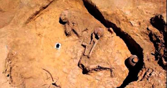 Belkıs'ın ülkesinde 2 bin yıllık mezar