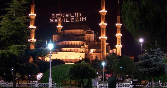 2015 İstanbul için İmsakiye – sahur ve iftar kaçta?