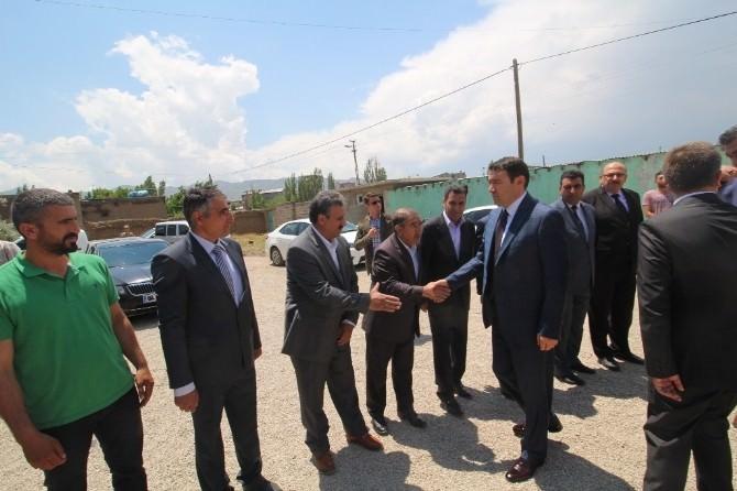 Doğubayazıt'ta Hacı Mehmet Avcı Camisi İbadete Açıldı