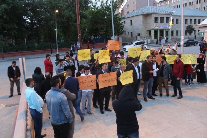 AK Parti Gençlik Kolları'ndan Mursi'nin İdam Cezasına Tepki