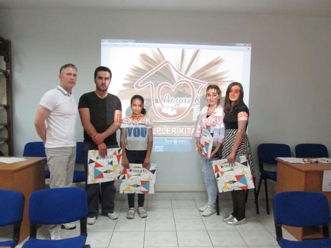 Beyaz Kalpler'de Bilgi Yarışması Düzenlendi