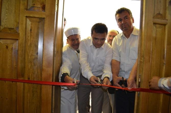 İskilip Karatepe Çatma Cami İbadete Açıldı