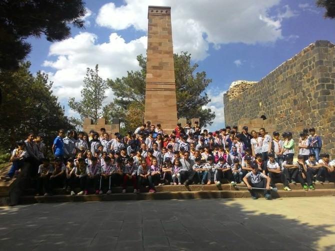 Erzurum'da Düzenlenen İzci Kampına Rekor Katılım