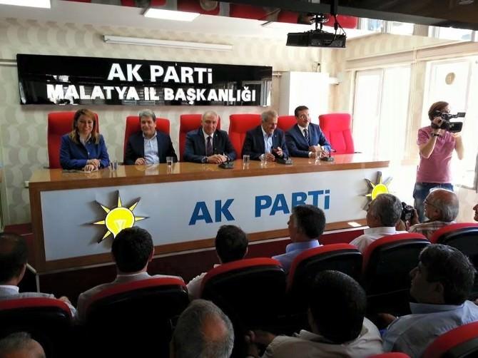 Milletvekilleri Parti Teşkilatı İle Biraraya Geldi