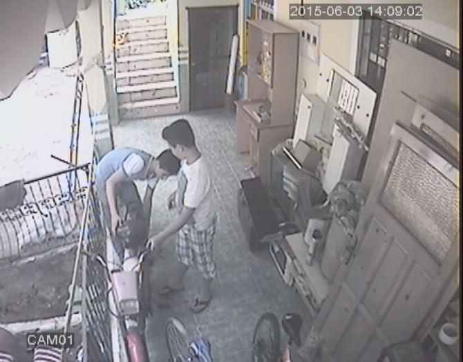 (Özel)- Fethiye'de Motor Hırsızlığı Güvenlik Kamerasında
