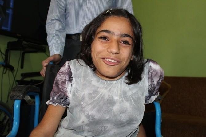 16 Yıl Hayalini Kurduğu Tekerlekli Sandalyeye Kavuştu