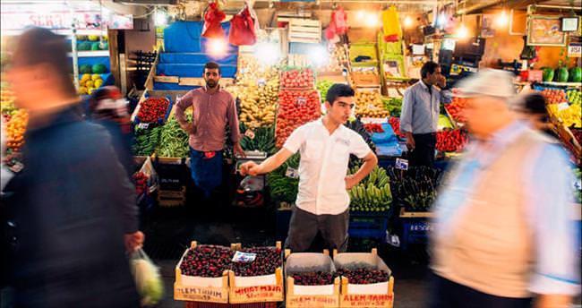 Çarşıda pazarda ramazan bereketi
