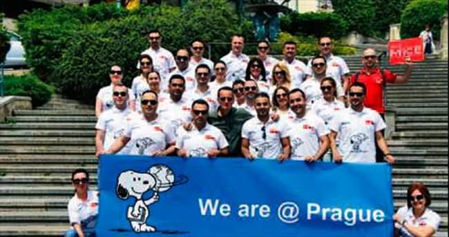 MetLife satış ekibi Prag tatiliyle ödüllendirildi
