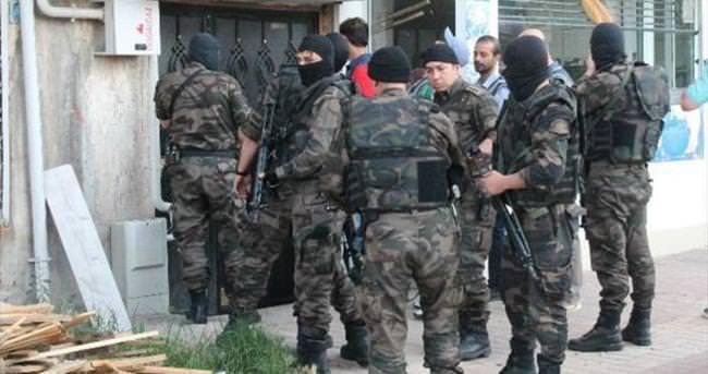 Torbacılara özel harekatlı baskın: 11 gözaltı