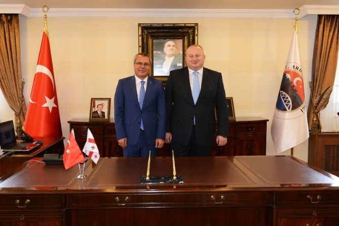 Gürcistan'ın Samtskhe-cavakheti Bölge Valisi Akaki Matchutadze Ardahan'ı Ziyaret Etti