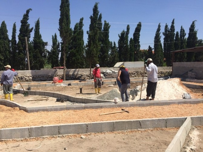 Reyhanlı Belediyesi İki Park Yapıyor