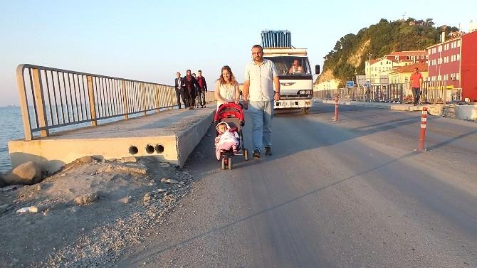 İnebolu'daki Yeni Köprü Tehlike Saçıyor