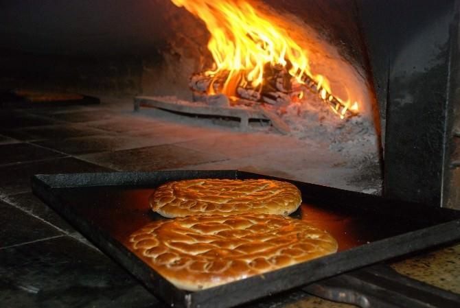 Ramazan'a Özel Çörekler Tezgahlardaki Yerini Aldı