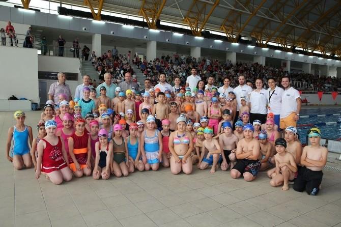 Yüzme Kursunda Start Verildi