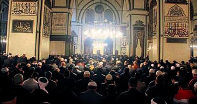 10 camide hatimli teravih namazı