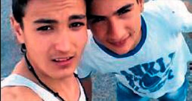 Ödemiş'teki kazada iki arkadaş vefat etti