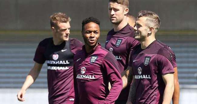 Manchester City'den Sterling ve Wilshere'e 110 milyon euro