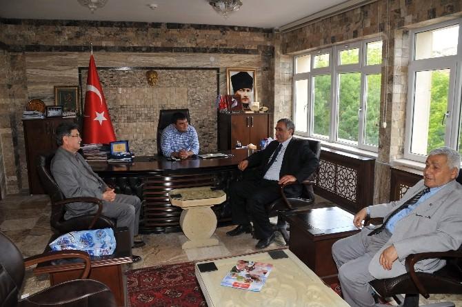 Ürgüplüler Derneğinden Başkan Yıldıza Ve Kaymakam Balcı'ya Ziyaret