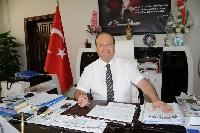 Başkan Özakcan'ın Babalar Günü Mesajı
