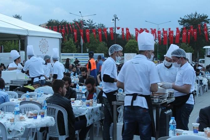 Erzurum'da İlk İftar Heyecanı