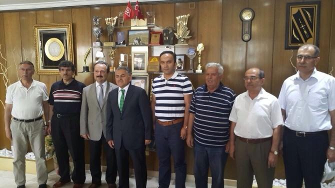 Develililer Derneği Yeni Yönetiminden Başkan Memduh Büyükkılıç'a Ziyaret
