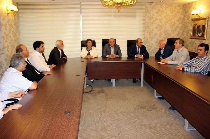 Gönüllü Kültür Teşekkülleri Temsilcilerinden AK Parti Milletvekillerine Hayırlı Olsun Ziyareti