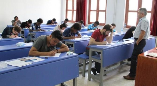 DPÜ'de 'Yabancı Uyruklu Öğrenci Sınavı'na 47 Ülkeden 967 Öğrenci