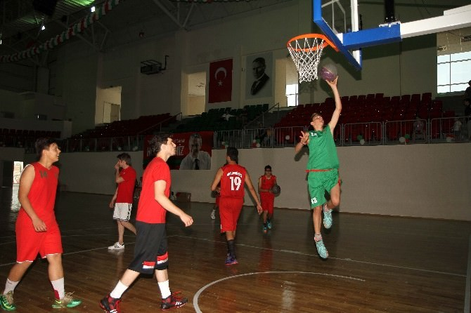 Karşıyaka'da Çocuklara Özel Yaz Okulu