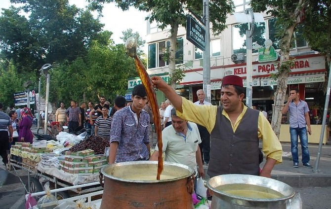 Ramazan Kendine HAS Tatları Da Beraberinde Getirdi
