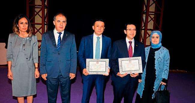 Turhan: İstikrar için AK Parti şart