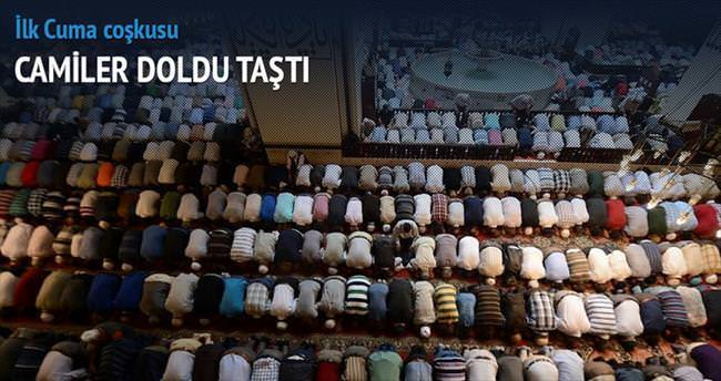 Ramazanın ilk cuması camiler doldu taştı