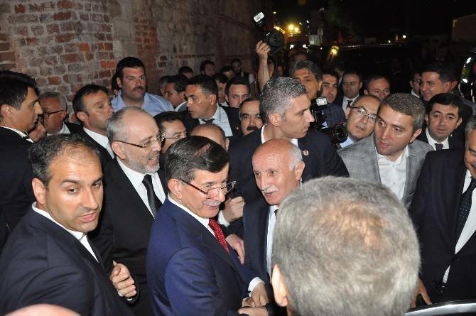 """Davutoğlu: """"Acıların En Önemli Sebebi STK'ların Parçalanmadır"""""""