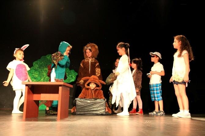 Çocuk Tiyatroculardan Drama Oyunu