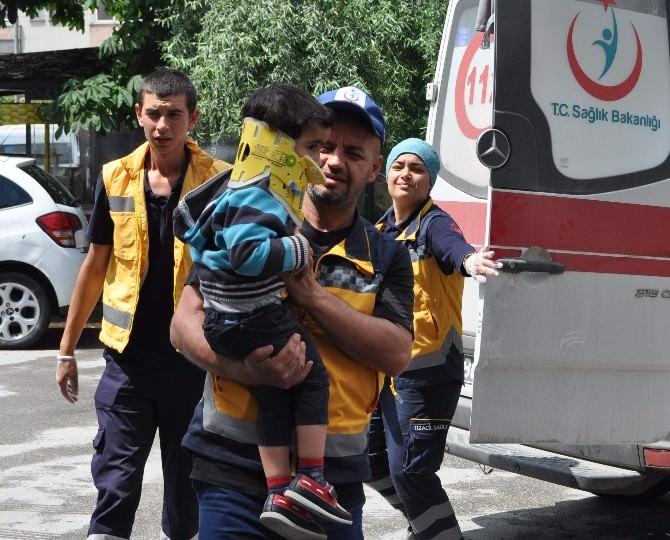 Kazada Yaralanan Çocuk 112 Çalışanına Sarılarak Hastaneye Girdi